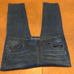 GLORIA VANDERBILT Avery Slim Leg Stretch Jeans